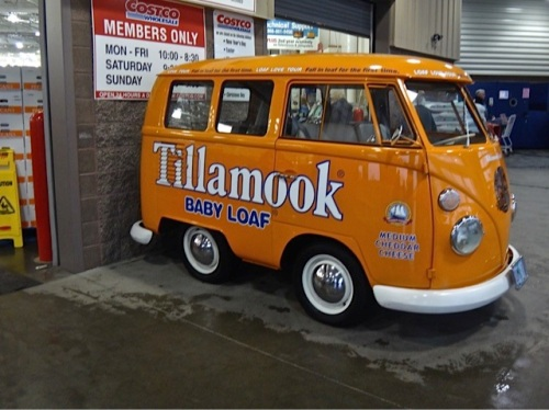 an adorable Tillamook cheese van is a cheerful note to end on