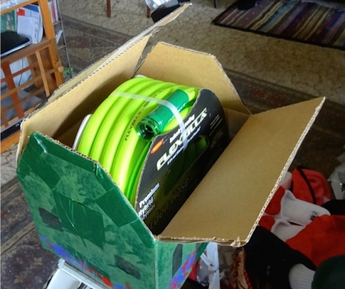 inside, a Flexzilla hose! the kind we found in use at the Ilwaco boatyard last summer.