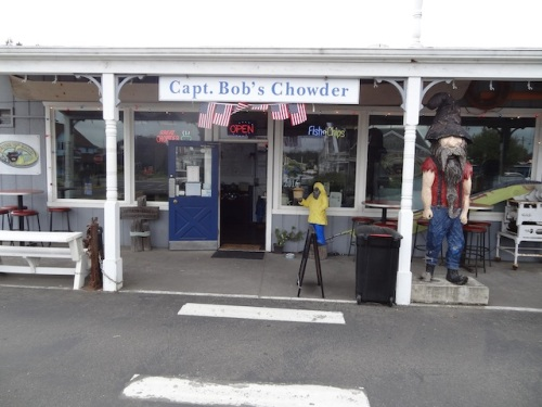 purveyor of delectable chowder and delicious crab rolls