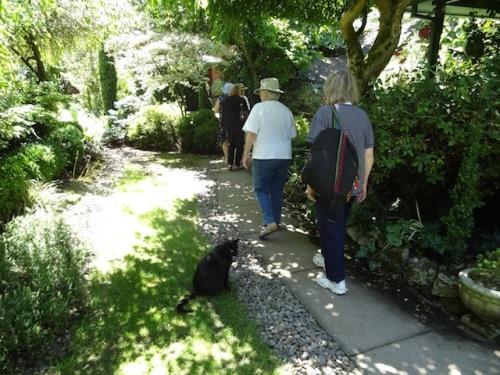 garden greeter