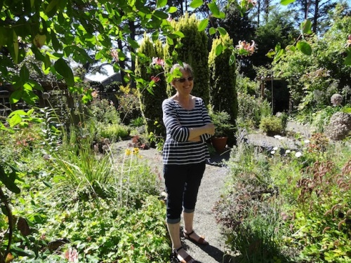 garden owner Mary