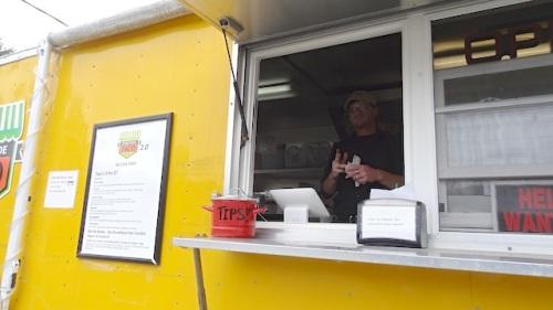 the very tasty Streetside Taco truck in Seaview