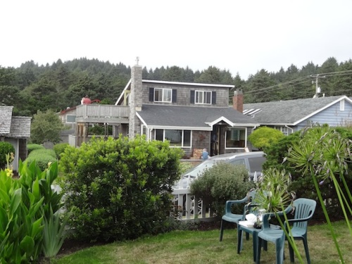view north to the Sea Star Cottage