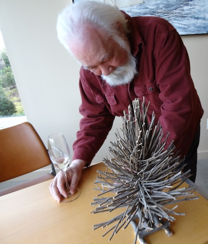 Jim Unwin himself admires another artist's creation.